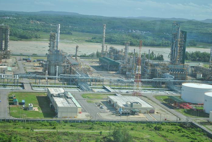 doanh nghiệp nhà nước,dự án tỷ đô,Petrolimex,PVN,lọc hóa dầu,Nam Vân Phong