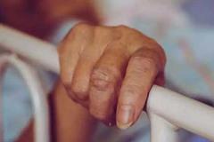 Mẹ mất vì ung thư, con viết tâm thư cảnh tỉnh mọi người phải làm 1 việc trước 45 tuổi