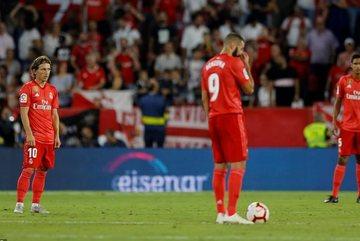 """Modric """"rửa"""" The Best, Real thua tan tác trước Sevilla"""