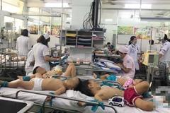 Phụ huynh rối bời vì trẻ bị tay chân miệng ở TP.HCM tăng gấp 5 lần