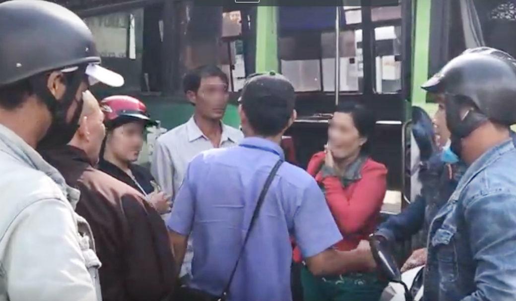 Giải cứu thiếu nữ 13 tuổi bị bán vào quán cà phê trá hình