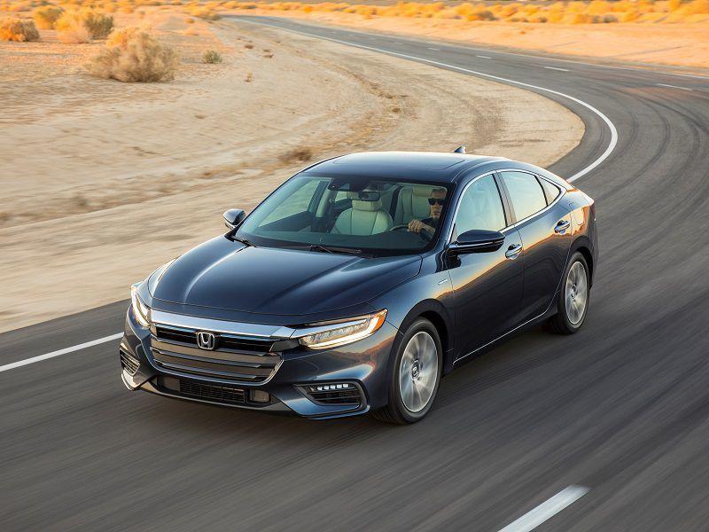 Những mẫu sedan phổ thông đời 2019 tốt nhất