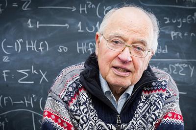 Nhà toán học nổi tiếng khẳng định đã giải được bài toán thiên niên kỷ