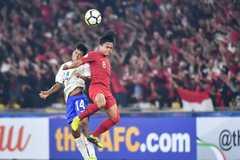 """U16 Indonesia và U16 Ấn Độ """"dắt tay nhau"""" vào tứ kết"""