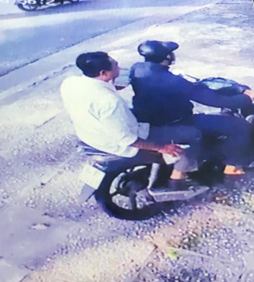Băng nhóm chuyên đập kính ô tô trộm tiền ở Sài Gòn