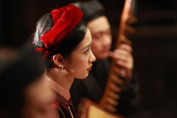 Jun Vũ ngượng ngùng đóng cảnh nóng với Quách Ngọc Ngoan