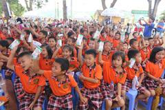 'Sữa học đường': Vì dinh dưỡng và chiều cao thế hệ trẻ