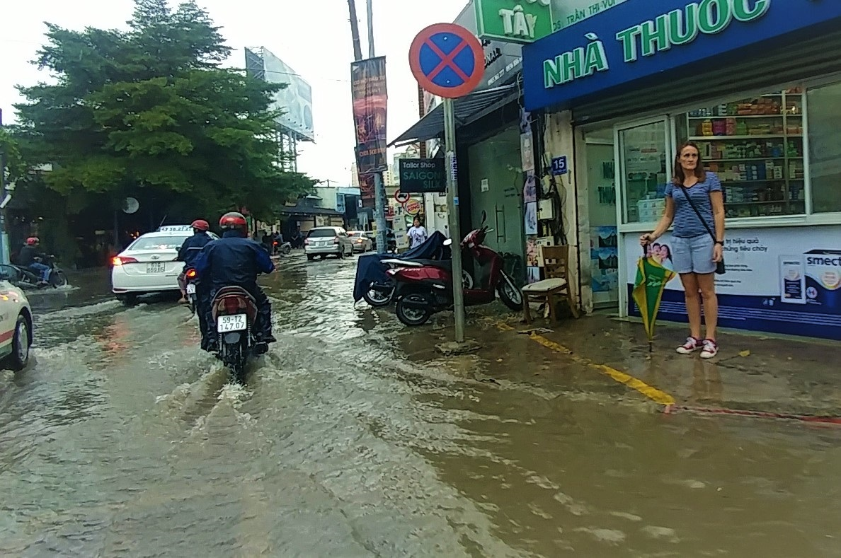 mưa lớn,Sài Gòn,ngập lụt,Sài Gòn ngập,ngập nước