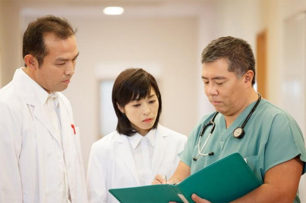 Bác sỹ Nhật chia sẻ cách hỗ trợ điều trị ung thư