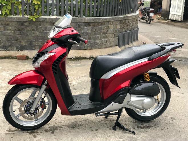 Mê mệt Honda SH Ý biển đẹp, độ đồ cao cấp của dân chơi Biên Hòa