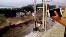 Sóng thần tấn công Indonesia