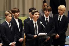 Trưởng nhóm BTS: Chàng rapper sâu sắc, đa tài với IQ 148