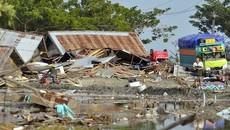 Sóng thần 'hủy diệt' thành phố biển Indonesia, nghìn người thương vong