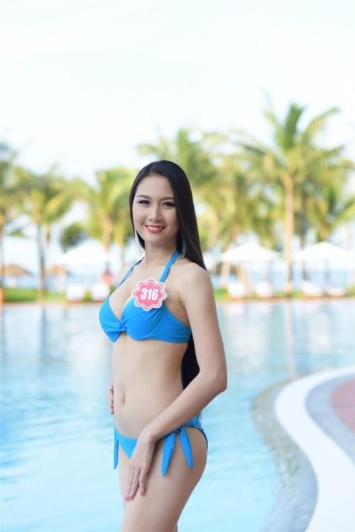 Hình ảnh người đẹp thi Hoa hậu Việt Nam đi tu gây xôn xao