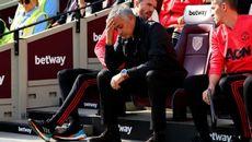 """MU cố tình đá thua cho Mourinho """"bay ghế"""""""