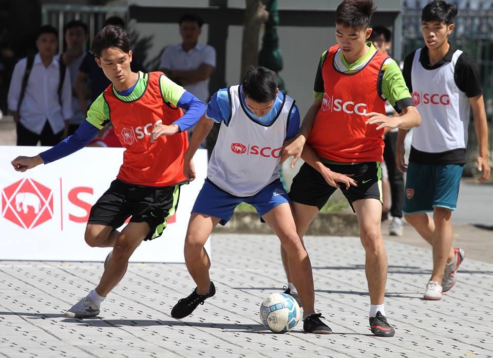 Sôi động giải bóng đá đường phố vòng loại khu vực Hà Nội