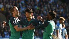 Harry Kane lập cú đúp, Tottenham chen chân vào top 4