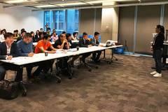 Du học sinh Úc thi thuyết trình ý tưởng nghiên cứu và đổi mới sáng tạo