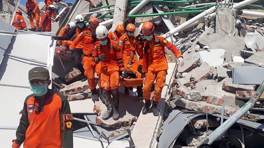 Có 10 người Việt ở vùng sóng thần Indonesia