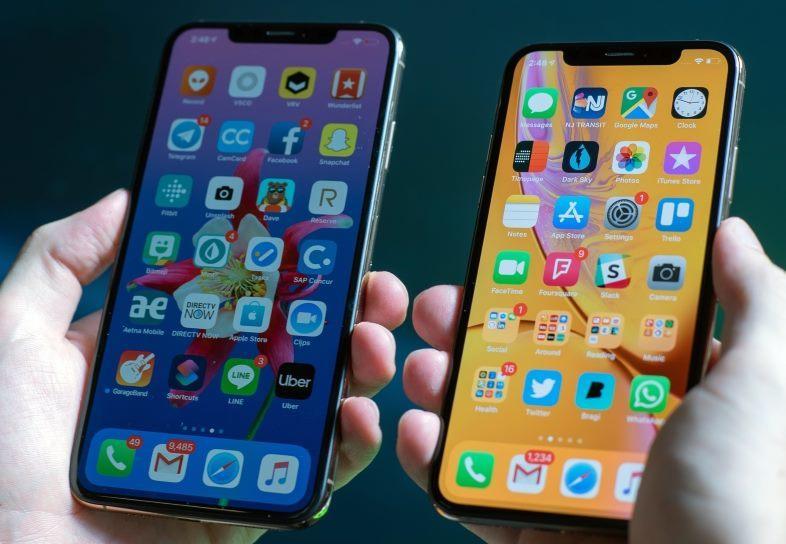iPhone XS và iPhone XS Max không sạc được pin khi tắt màn hình