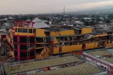 Sức tàn phá khủng khiếp của động đất, sóng thần ở Indonesia