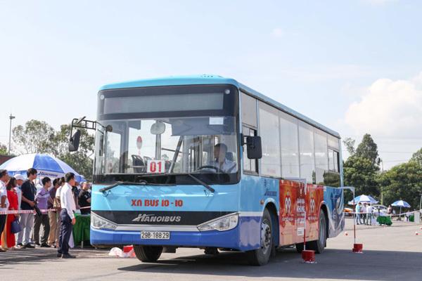 Tài xế buýt Hà Nội tranh tài tại 'Hội thi lái xe giỏi, an toàn'