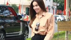 Trang phục đi từ thiện của sao Việt: Nhìn đơn giản nhưng khi bóc giá có món đồ cả chục triệu đồng