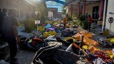 Ngôi mộ dài 100m an táng các nạn nhân sóng thần Indonesia