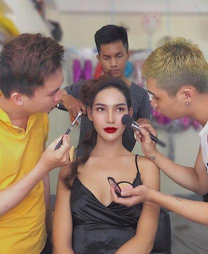 Su that bat ngo phia sau than hinh nong bong cua hot girl Tay Ninh