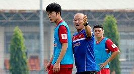 Tuyển Việt Nam đi AFF Cup: Xuân Trường bặt tăm, thầy Park khó xử