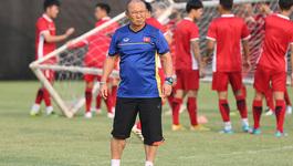 Danh sách tuyển Việt Nam: Thầy Park loại chân chuyền siêu nhất V-League?