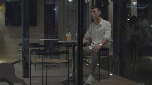 'Hậu duệ mặt trời' tập 5, 6: Vừa chia tay Song Luân, Khả Ngân bị giám đốc gạ tình