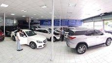 Tại sao giá ô tô cũ cao hơn cả ô tô mới tại thị trường Việt?