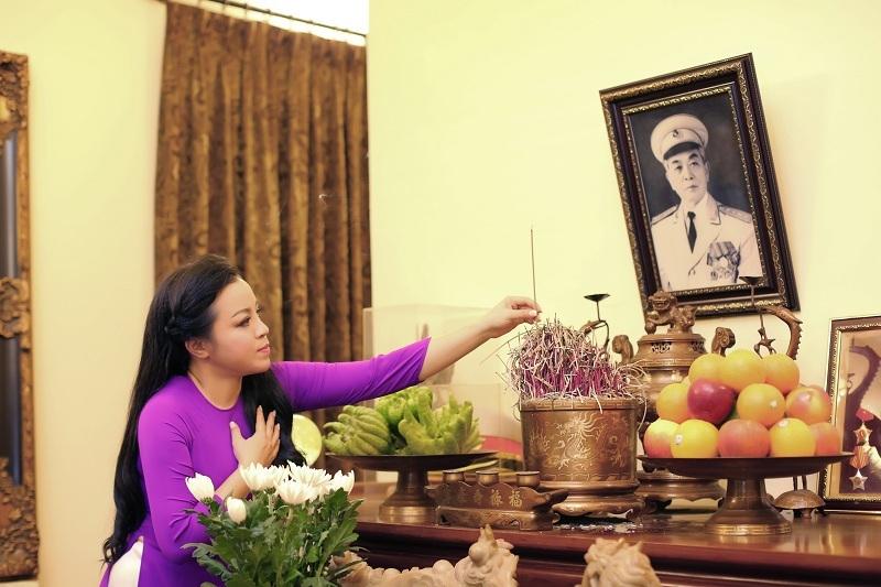 NSƯT Tố Nga quay MV tại nhà của Đại tướng Võ Nguyên Giáp