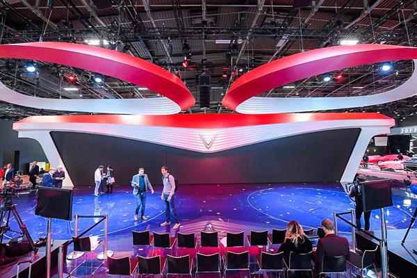 Hé lộ sân khấu VinFast tại Paris Motor show trước giờ G