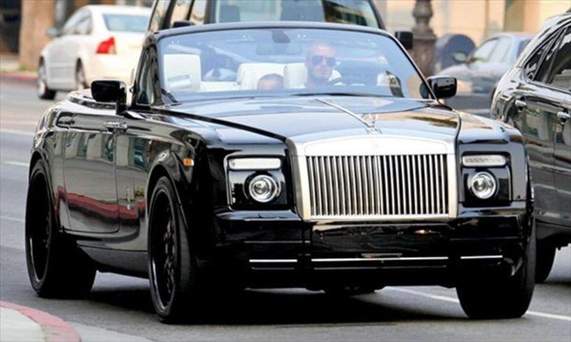 'Choáng' trước bộ sưu tập toàn siêu xe của David Beckham