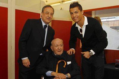 """Ronaldo bị """"ăn chửi"""" vì xấu tính, đòi làm Vua Real Madrid"""