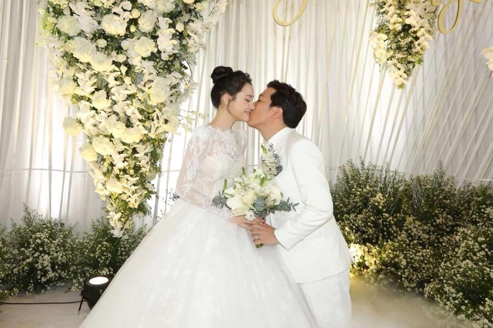 Nhã Phương khoe khoảnh khắc tuyệt vời trong lễ cưới với Trường Giang