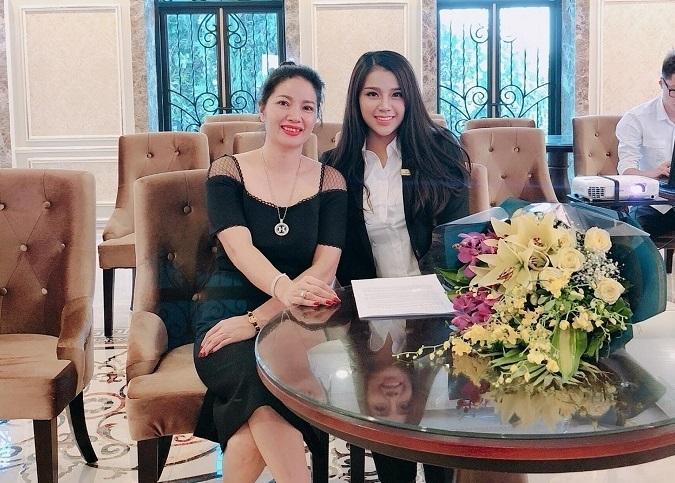 Cô chủ khách sạn công khai tình cảm với Bùi Tiến Dũng U23 Việt Nam