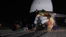 Vũ khí Nga ùn ùn tới Syria vào ban đêm