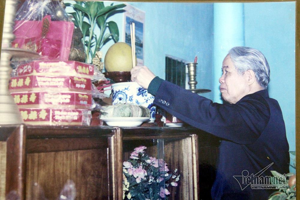 Hình ảnh nguyên Tổng bí thư Đỗ Mười về quê phát biểu 22 phút
