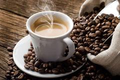 Giá cà phê hôm nay 21/11: Xuống dưới 35.000 đồng/kg
