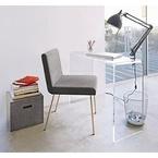 Những mẫu bàn làm việc 'xinh lung linh' cho không gian nhỏ