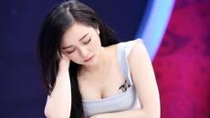 Cuộc sống sang chảnh của hot girl 'ngủ gật' tuổi 19