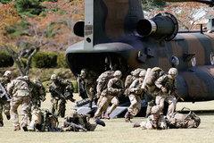 Cận cảnh Nhật – Anh lần đầu tập trận chung
