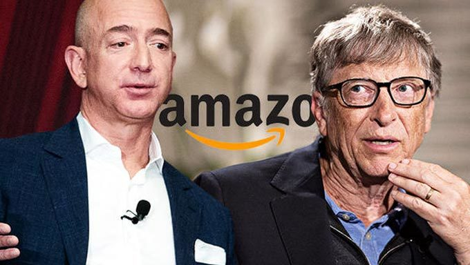 Ông Trump tụt hạng, Bill Gates mất ngôi giàu nhất Mỹ