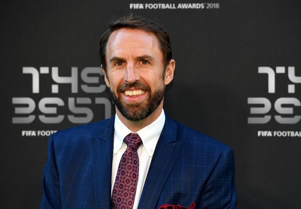Pochettino được chọn làm HLV MU, Southgate ký mới tuyển Anh