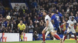 """Morata giải cứu Chelsea, Arsenal thắng """"3 sao"""""""