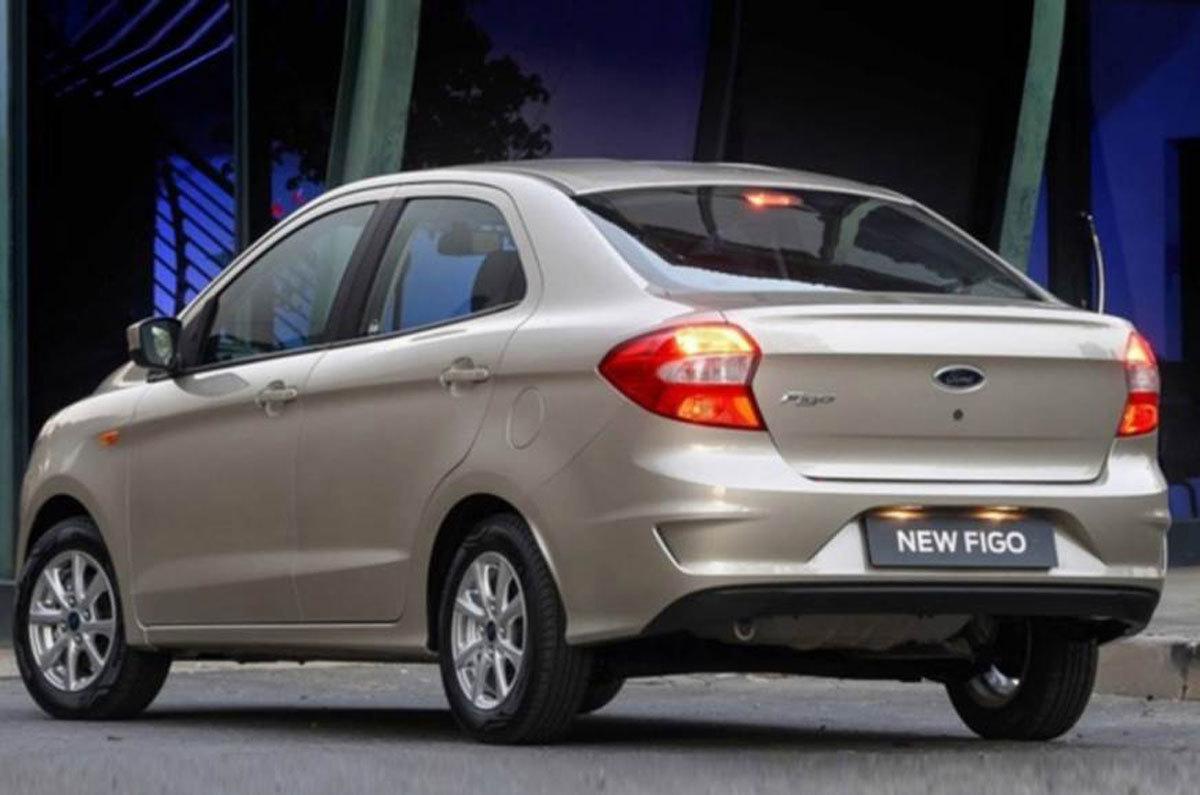 Ô tô sedan Ford giá chỉ 176 triệu đồng gây sốt