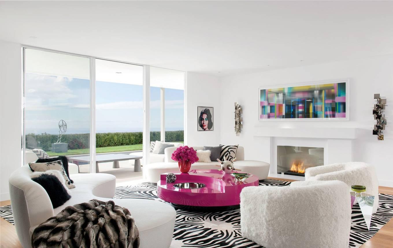 Ngôi nhà rộng 500m2 như resort của Elton John và bạn đời đồng tính